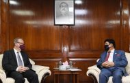 Dhaka urges Canada to send 2m vaccines