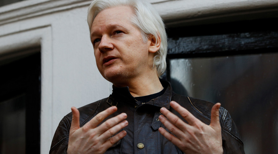 Assange seeks encrypted Twitter alternative